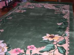 Чистка вьетнамских ковров